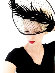 I just couldn't help adding yet another hat to my collection from Berlin milliner Fiona Bennett