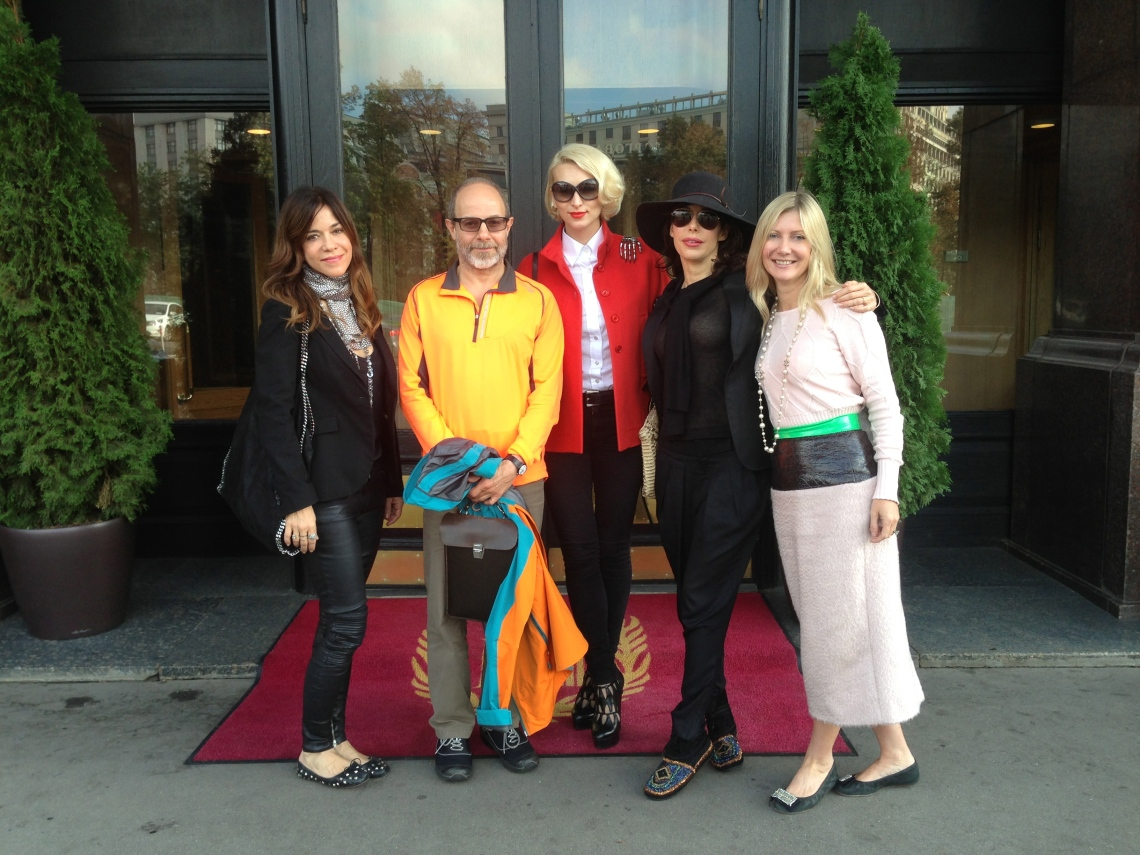 Dmitry Gutov (second from left) and our art group: Isabella Prata (far left), me (centre), Lauren Prakke, and Sigrid Kirk at the Metropol Hotel