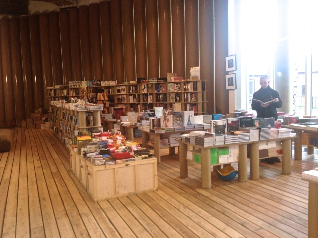 Garage bookshop