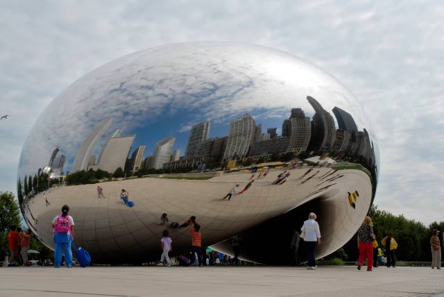 'Cloud Gate', 2004. Millennium Park, Chicago. Photo: Peter.J.Schluz / Walter Mitchell / Patrick Pyszka Courtesy the artist, the City of Chicago and Gladstone Gallery