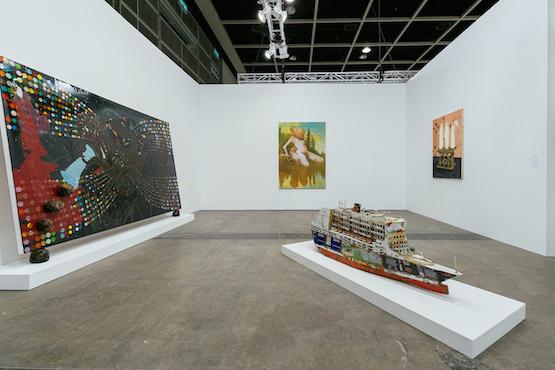 Installation view, David Zwirner booth at Art Basel in Hong Kong 2015. © Anakin Yeung & Ocula