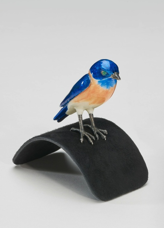 Mr. Blue Bird on my Shoulder (with Diamonds) — John Baldessari, 2013. © John Baldessari. Courtesy the artist, Marian Goodman Gallery and Hauser & Wirth. Photo: Alex Delfanne