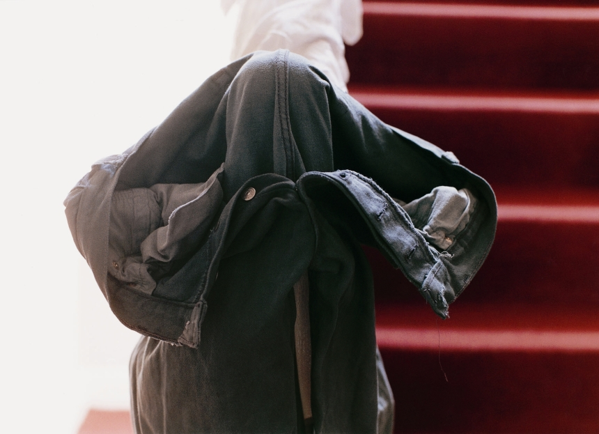 Tillmans_grey_jeans_over_stair_post_1991_LR