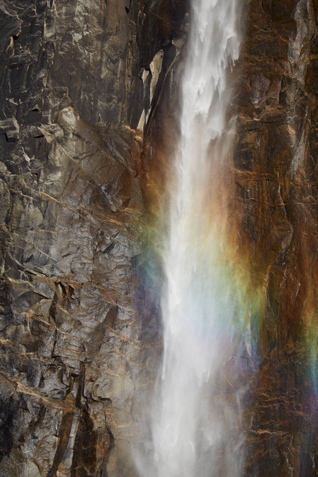 CO_LM27303_Rainbow_Falls_hr.jpg